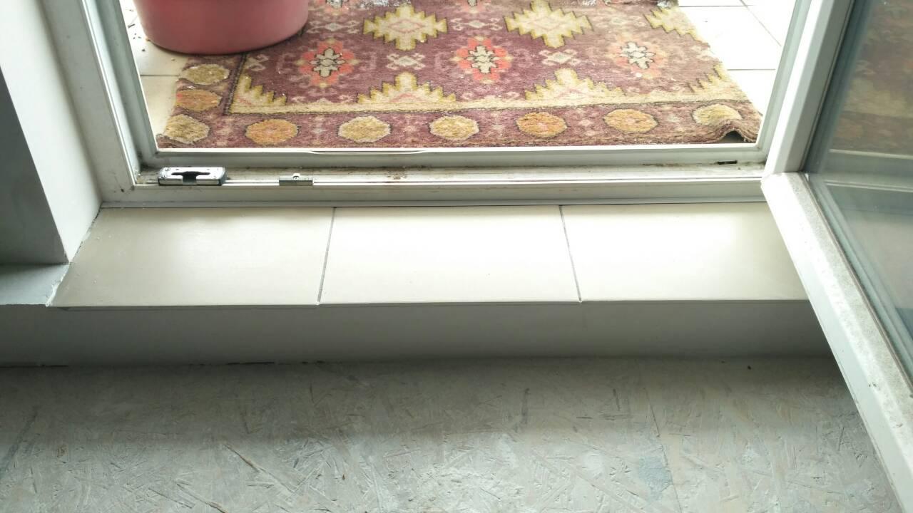 порог балконной двери фото вид