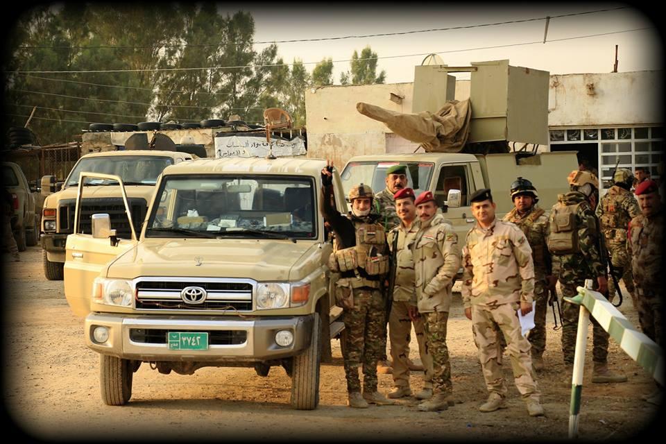 عقود عربات تويوتا لاندكروزر لصالح الجيش العراقي   DsRbQjiX4AcctrX