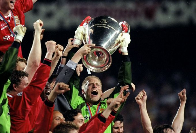 Happy birthday to Manchester United and Denmark legend Peter Schmeichel, who turns 55 today!