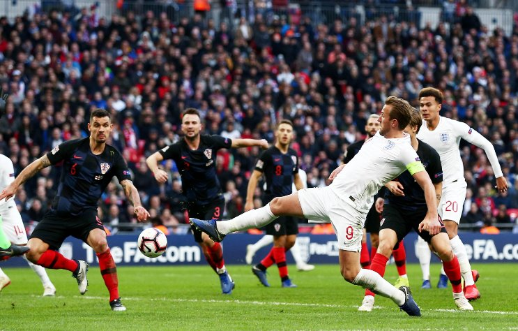 FT: England 2-1 Croatia England are going to Portugal in June! A great comeback in a pulsating finish sees the #ThreeLions reach the Nations League finals. Live reaction: bbc.in/2KaKuhm #ENGCRO #bbcfootball