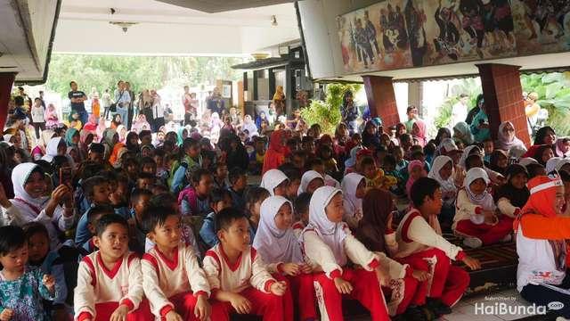 Dongeng Bantu Sembuhkan Trauma Anak-anak Korban Gempa Lombok https://t.co/bAhUgCsu8V via @haibundacom https://t.co/lILovNV1NU