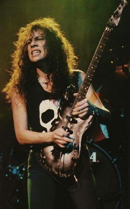 Happy birthday Kirk Hammett!