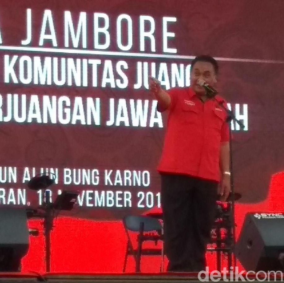 PDIP Maafkan Pemasang, Pemilik Poster 'Raja Jokowi' Masih Dicari https://t.co/UJS9kC2CpT https://t.co/fiCSKvnqbO