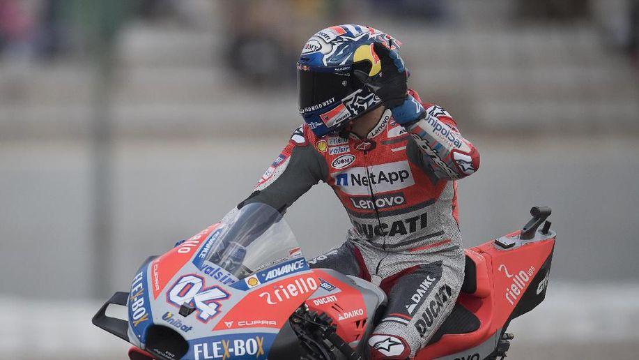 Sempat Dihentikan Hujan, MotoGP Valencia Dimenangi Dovizioso https://t.co/ZE3YIeTXFY via @detiksport https://t.co/khJe7WENtU