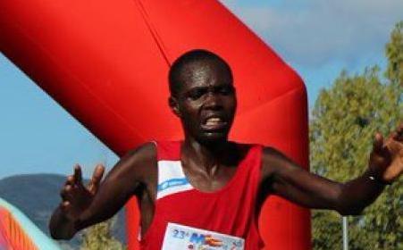 Dominio keniano alla Maratona di Palermo, Hosea Kisorio Kimeli fa il bis - https://t.co/Hk0mnVhpaL #blogsicilianotizie