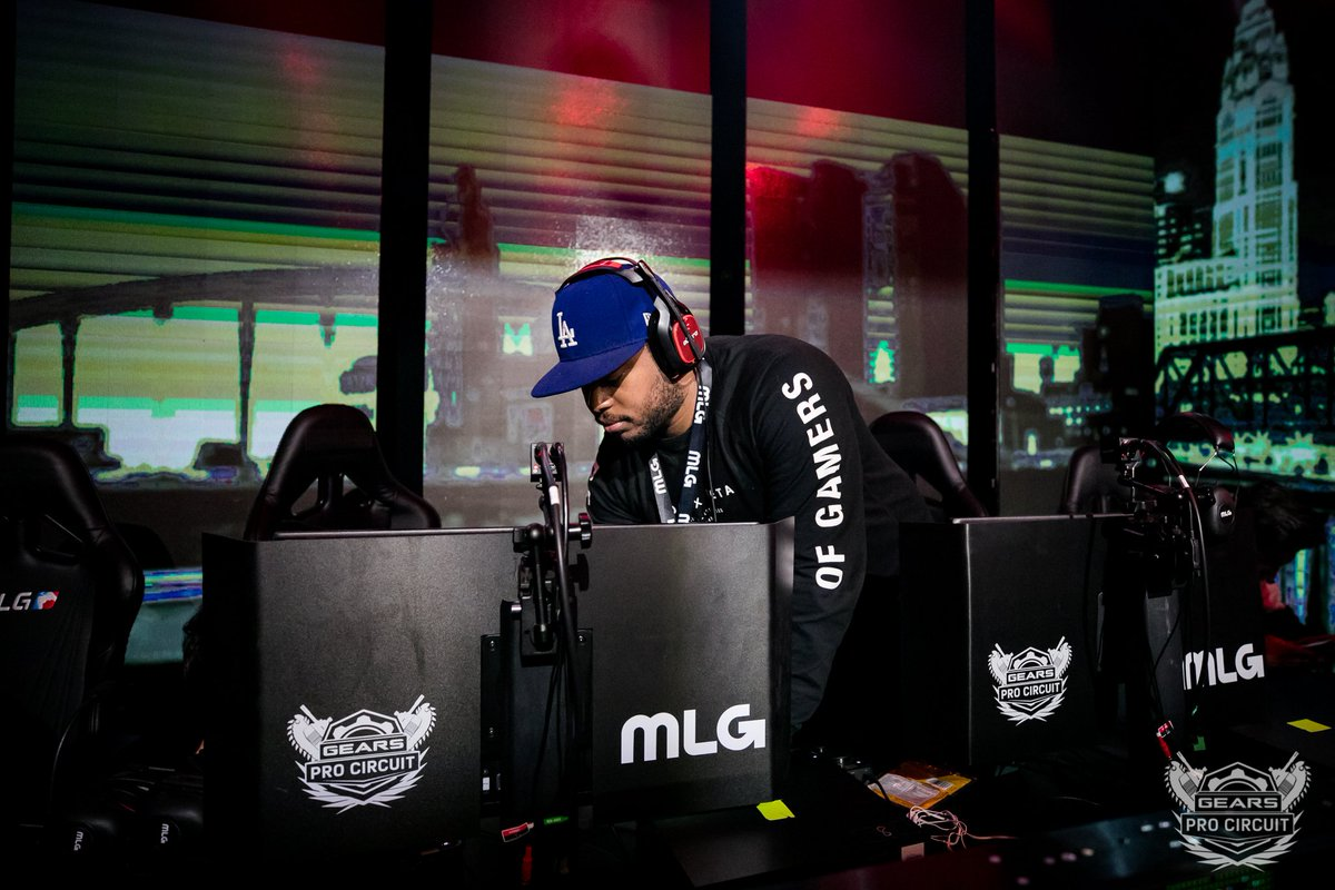 Special thanks to @MixAmpPapi and the Official Audio Partner of the Gears Pro Circuit, @ASTROGaming for keeping everything running tight all weekend long. #ASTROfamily  Tune in http://live.gearsofwar.com