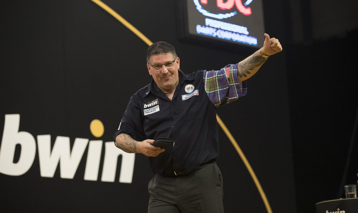 INTO THE FINAL! RT to show your support for our man Gary Anderson in the Grand Slam of #darts Final #TeamUnicorn