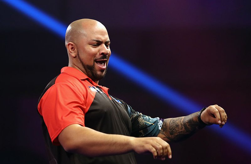🇿🇦Dancing Devon is heading to Ally Pally! Devon Petersen beats Nolan Arendse 7-2 in the final of the PDC Africa Qualifier for the @WilliamHill World Darts Championship.