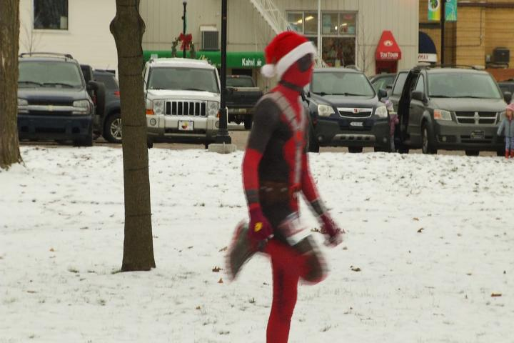 Northern Michigan Children To Have A Happy Holiday Season 9and10news 2018 11 17 Toy Trot 5k In Cadillac Raises Money For Toys Tots