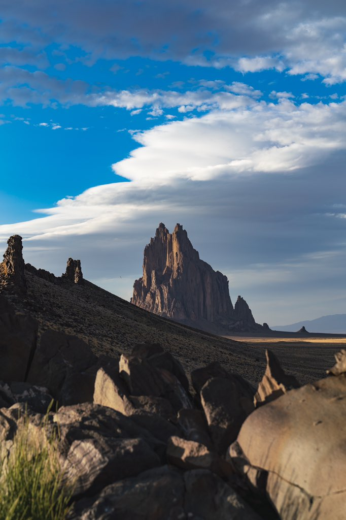 @phatfierro good call. it's the Shiprock in new mexico. here's a better pic