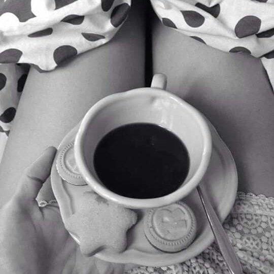 Доброе утро картинки девушки и кофе