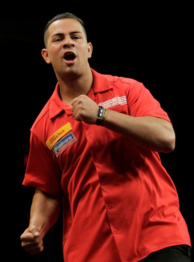Unicorn Star @devon_petersen wins African Qualifier to make it to the Ally Pally #PDC #Darts #TheWinningDouble playwiththebest.com/blog/Darts2018…