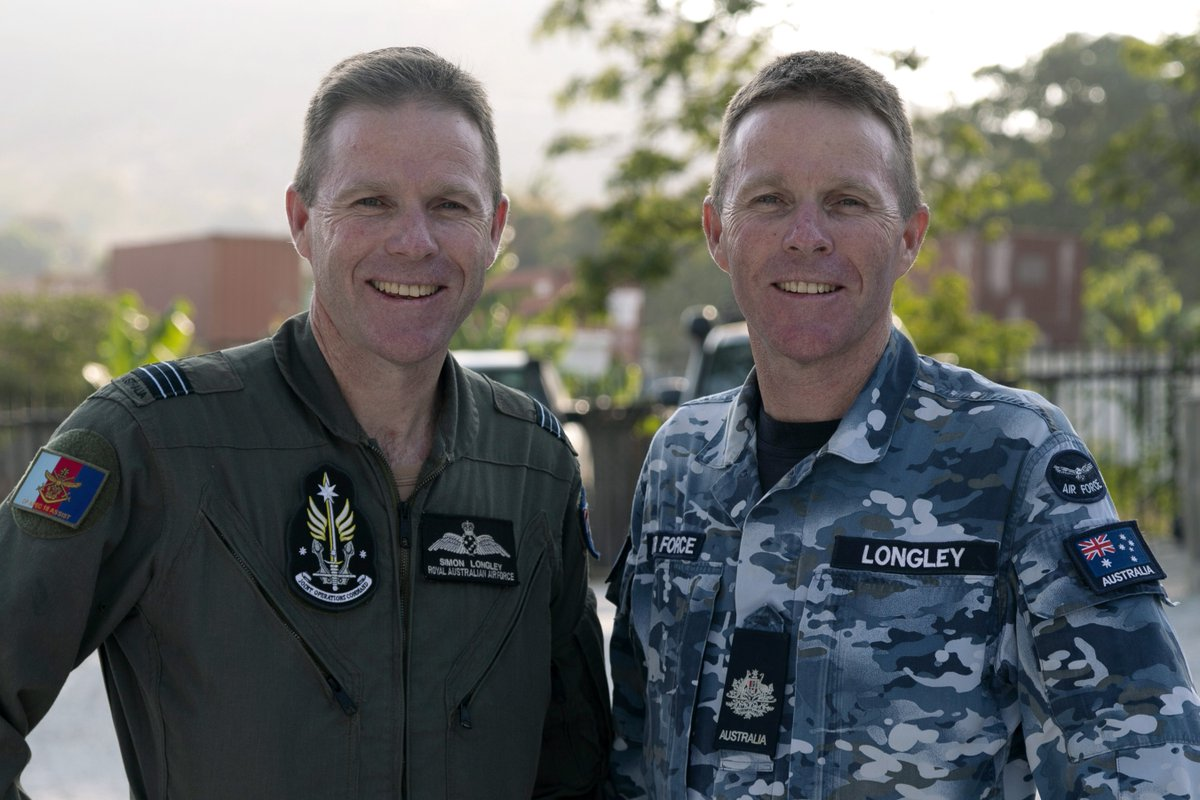Identical twins Andrew & Simon Longley are among 1500 ADF personnel supporting the PNG Gov in ensuring a safe & secure  in Port#APEC2018 Moresby. Read about their service in the @AusAirForcebit.ly/APEC_2018   #AusPNGPartnership