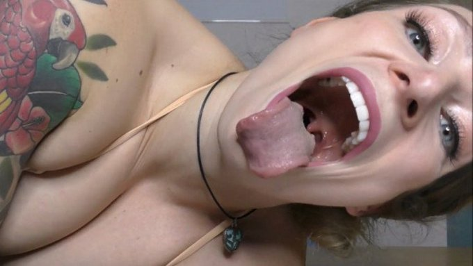 Thank you for buying! Queen Giantess Vore https://t.co/nv1aKelJUW #MVSales #ManyVids https://t.co/tb