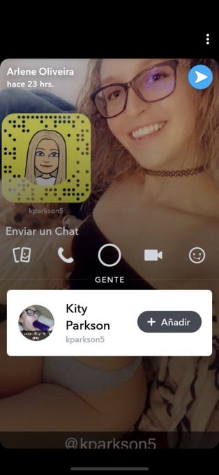 If you have Snapchat please report this scammer! https://t.co/RuHUEhVCZK