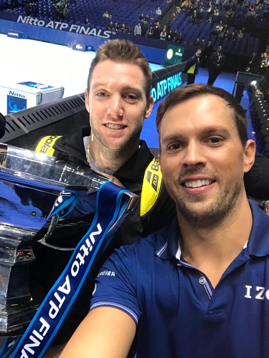 The #NittoATPFinals champions 😎🇺🇸🏆🎾 #WTTFamily @Bryanbrothers @JackSock 👏👏