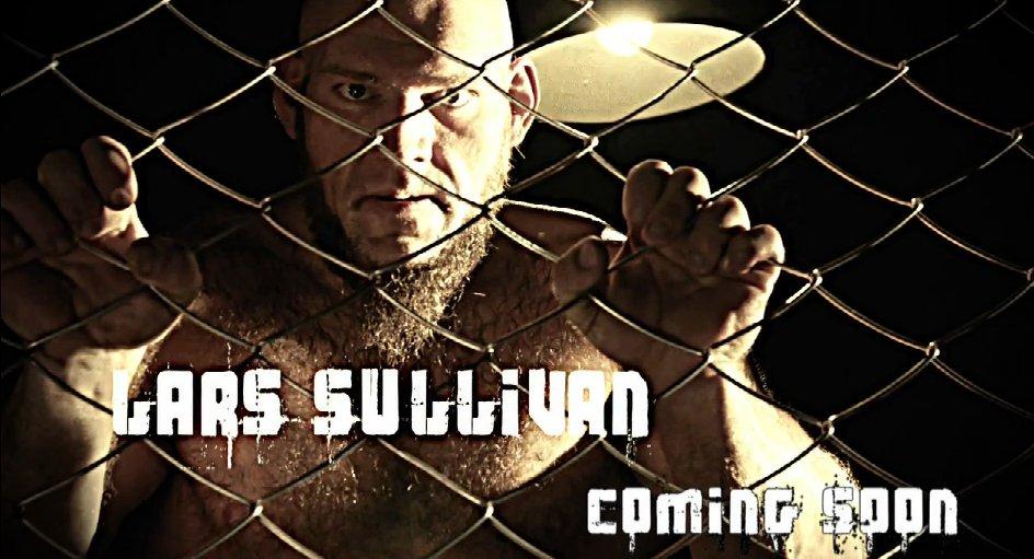 Lars Sullivan dans le main roster DsUgds_WkAAjNmd