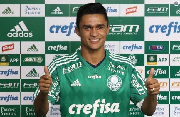 'Pelérik da Sorte': emprestado ao Botafogo, Erik é destaque nas redes após empate com Paraná; veja memes https://t.co/bMFsqf40C5