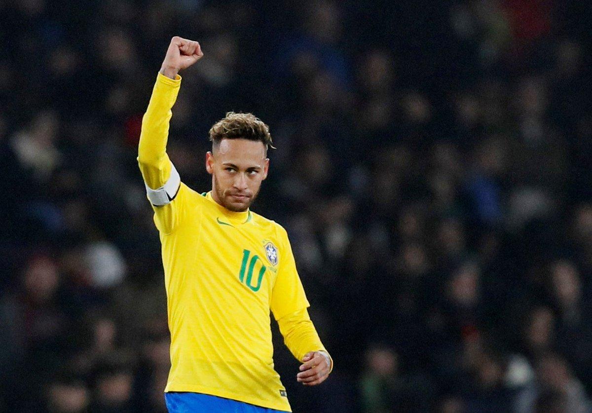 Neymar critica post com frase sobre Cavani: 'Foi um lance de jogo e acabou' https://t.co/CaHBccFjXb
