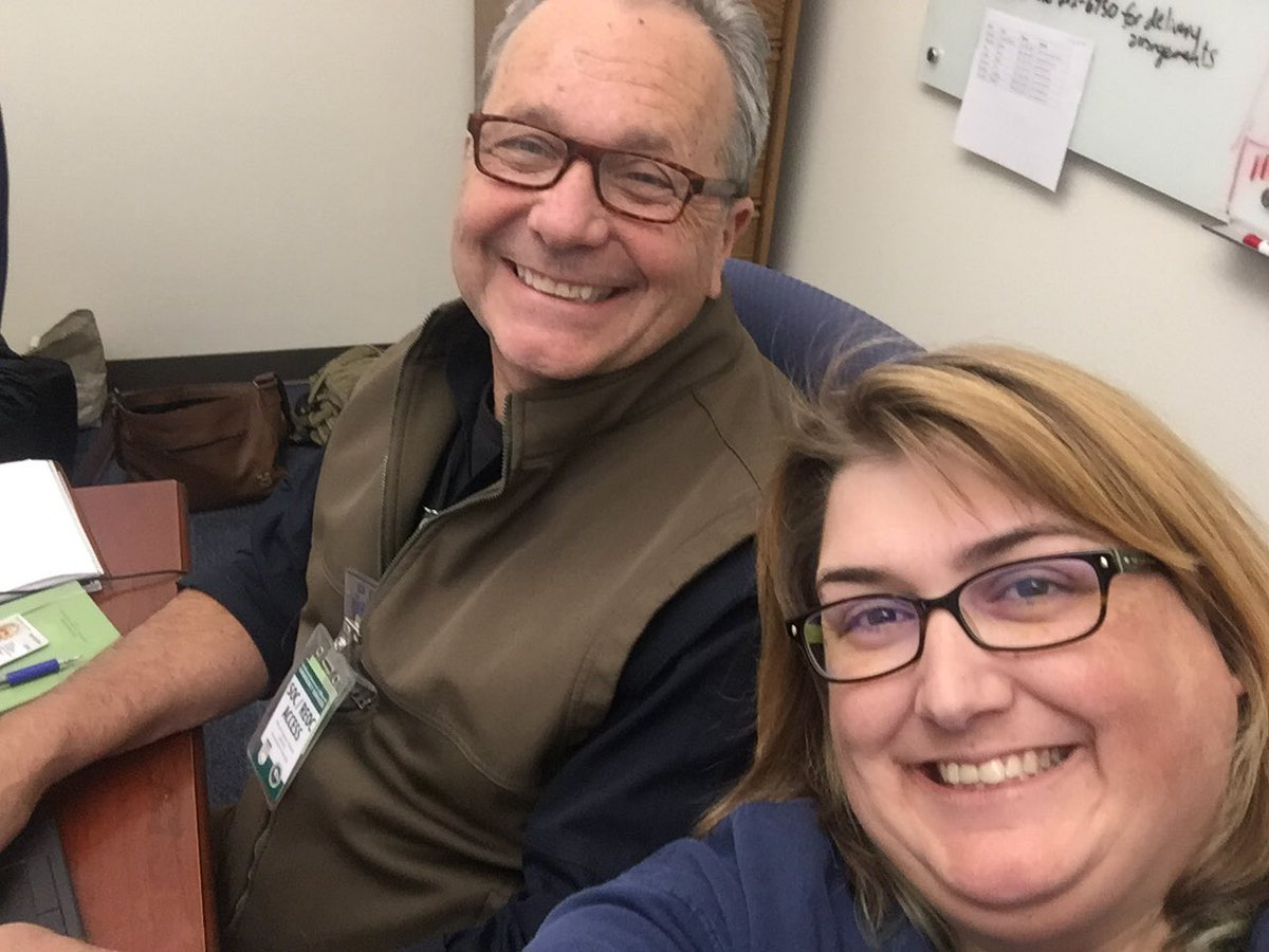 RT @CalOESAbby: @Cal_OES and @fema  working together! #campfire #WoolseyFire #businessrecovery https://t.co/RUY76zNVhR