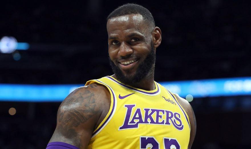 LeBron marca 51 pontos contra ex-time, e Lakers vencem Miami Heat fora de casa https://t.co/e2pCEdnnCG