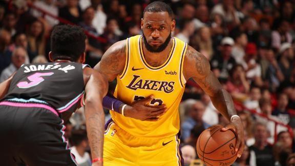 LeBron faz 51 pontos em reencontro com Miami e comanda vitória dos Lakers; VEJA https://t.co/cPvrs9u1WY  #NBANaESPN