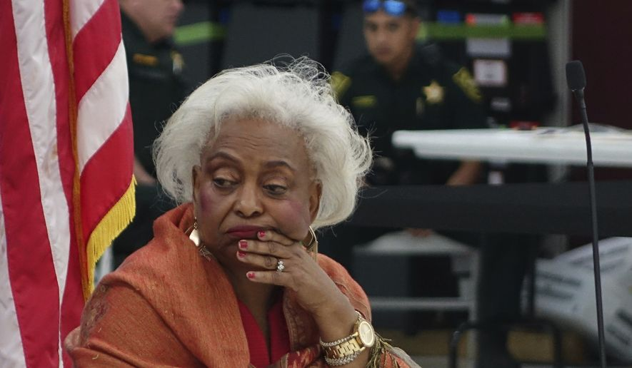 BREAKING: Broward county election chief at center of Florida recount resigns  https://t.co/LZhxb19mIv https://t.co/XDihWcvJR7