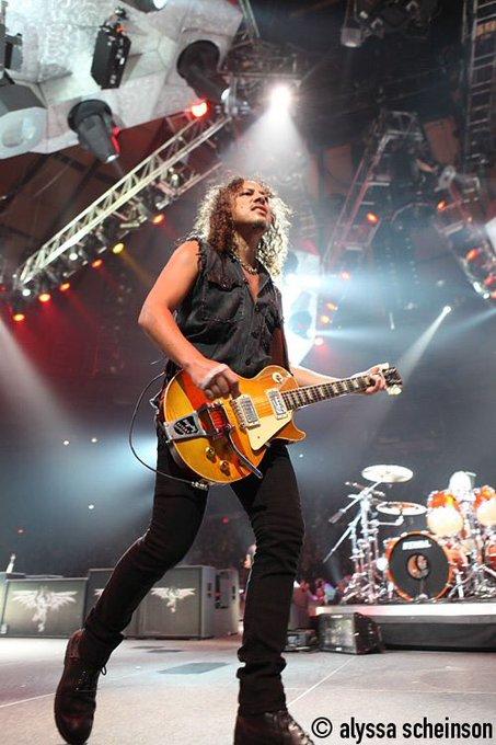 Happy Birthday to Kirk Hammett!