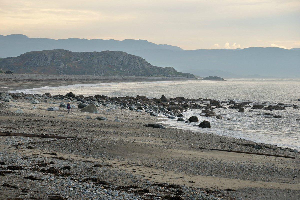 Criccieth beach   © INNES   #PhotooftheDay » https://t.co/ooTdEUmGWT