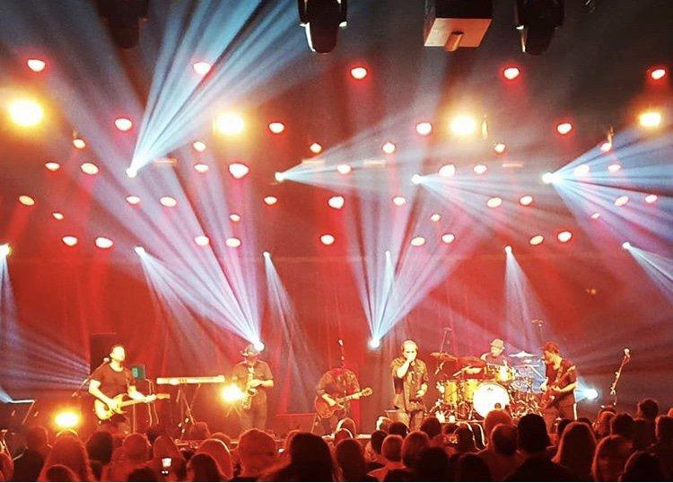 RT @JonStevensMusic: Epic gig at @CrownResorts #melbourne #thepalms and cool shot for @TheRockpit_net by Sean Benno https://t.co/60I4VBW2Bc