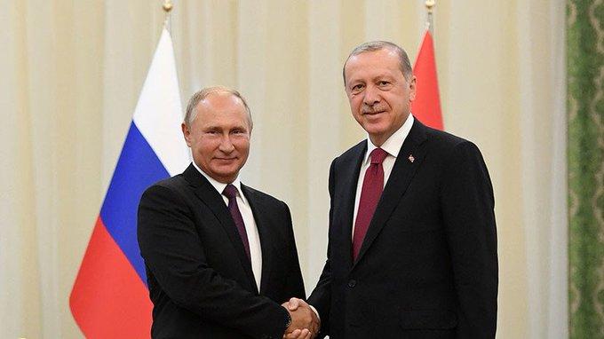 19 ноября в Стамбуле встретятся Владимир Путин и Реджеп Тайип Эрдоган. Лидеры России и Турции примут участие в церемонии завершения строительства морской части «Турецкого потока». Кроме того, президенты обсудят перспективы двусторонних отношений Фото