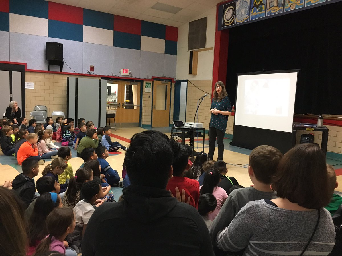 Shape fun with author and illustrator Joyce Hasselberth📚✏️🖌🖍 Let the creativity begin! <a target='_blank' href='http://search.twitter.com/search?q=KWBPride'><a target='_blank' href='https://twitter.com/hashtag/KWBPride?src=hash'>#KWBPride</a></a> <a target='_blank' href='http://twitter.com/Cynthiacolumbo1'>@Cynthiacolumbo1</a> <a target='_blank' href='https://t.co/IDNM0rYbBL'>https://t.co/IDNM0rYbBL</a>