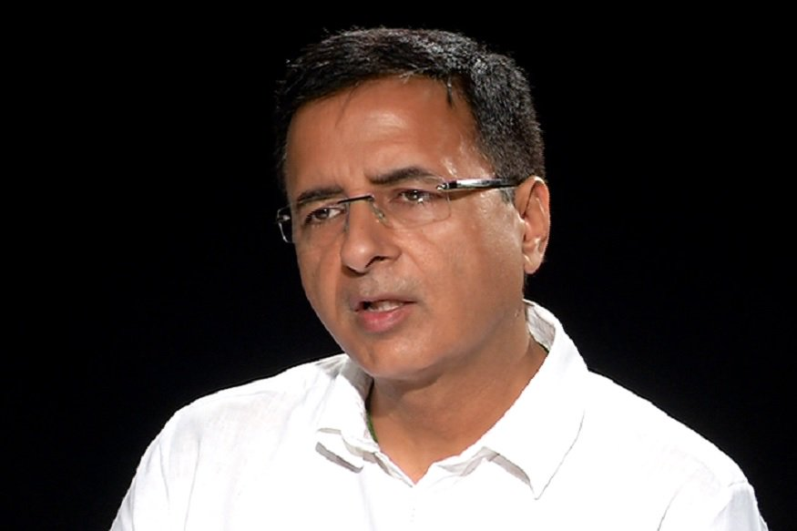 #NewsAlert -- Democracy is in peril & Constitution is in danger. The affidavit is bigger than the restoration of one CBI Director. We appeal to conduct a separate investigation otherwise we will go to people's court and we will go to the Parliament: .   @rssurjewala#StatesVsCBI