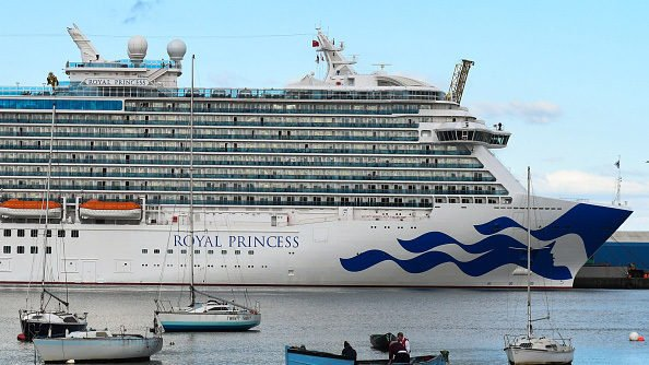 FBI investigating after American woman dies on cruise ship en route to Aruba https://t.co/86xLwfDs7N