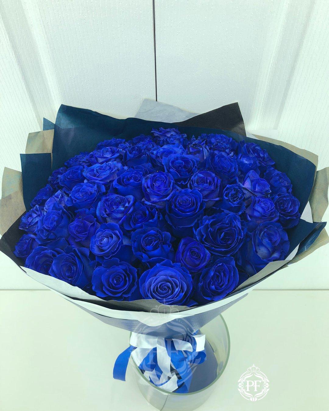 Цветы, букет из синих французских роз