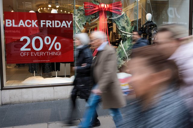 #BlackFriday is just days away. Do you know where to find the best deals? This guide can help.  https://t.co/nMCbm04Qcj