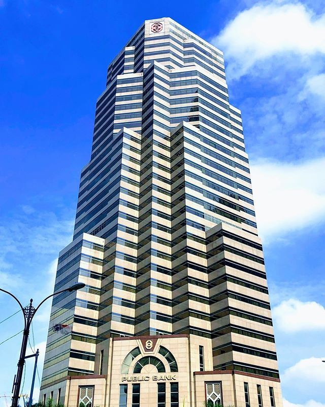 test Twitter Media - Nice building of Public Bank in Kuala Lumpur!#PublicBank #KualaLumpur #Malaysia #skyscraper #KL #KLCC #Asia #travel #travelblogger #travelphotography #travelholic #travelguide #travelersnotebook https://t.co/5SVmsiJABy https://t.co/WcD3uORbSg