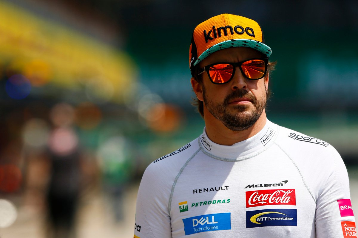 """🗣 """"I think the car is definitely going to be more competitive next year""""  He might not be driving it, but @alo_oficial reckons @McLarenF1's 2019 challenger will be a big step forward >> http://f1.com/McLaren-Competitive-19…"""