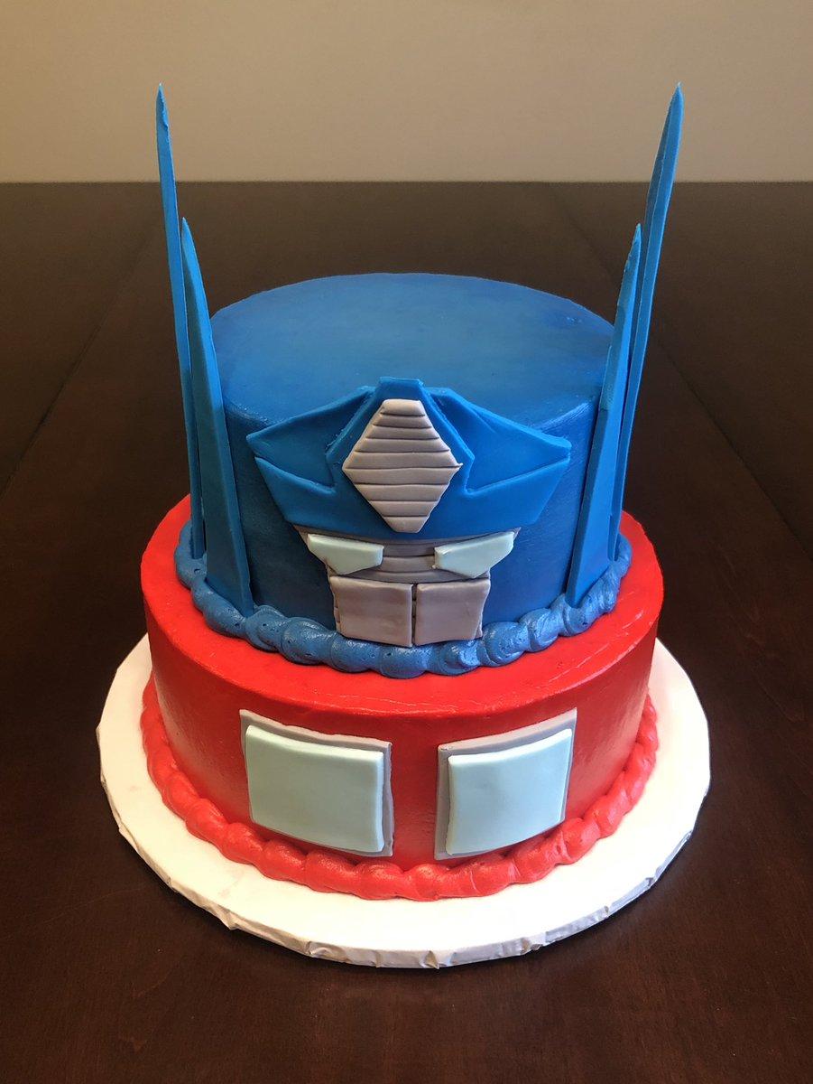 Peachy Cristinscake Su Twitter Its An Optimus Prime Transformers Funny Birthday Cards Online Alyptdamsfinfo