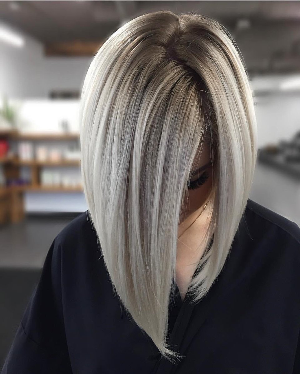 What do you think of this white platinum balayage?! Created with @Framarint tools.