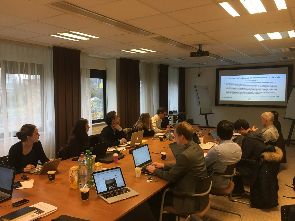 test Twitter Media - Happy to attend @LeMO_H2020 meeting to discuss about synergies. Today we talk about #bigdata use cases in #transport. https://t.co/f9eB52e7dq