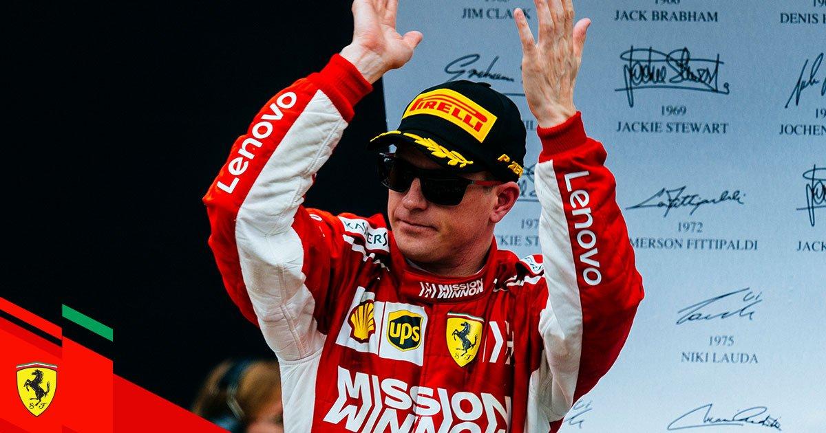 Hamilton nyerte a szezonzárót, Kimi már az elején kiesett