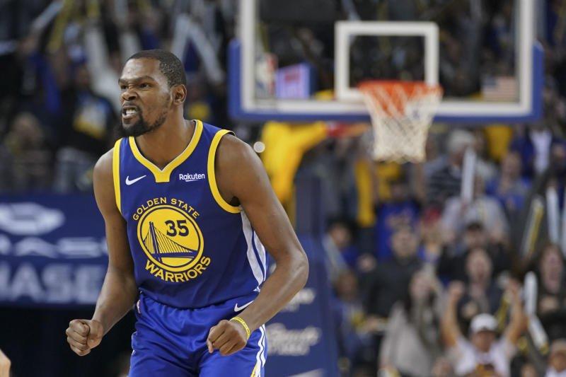 Durant firmó su mejor partido con los Warriors