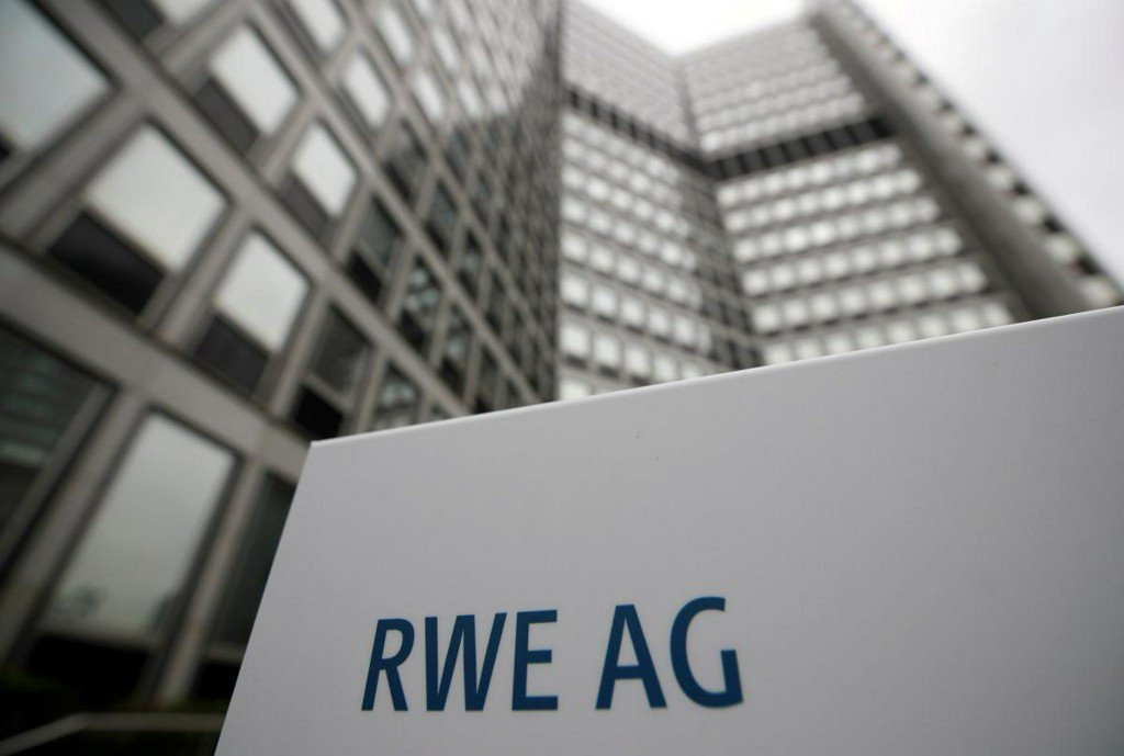Norway's wealth fund should divest from RWE: green groups https://t.co/tXEtFcXfIr https://t.co/p6Vfaj30CL