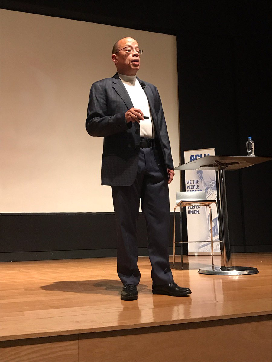 HAPPENING NOW: @jeff_robinson56 is in Jackson tonight for #AFrontRowSeat, an event on the history of racism in Mississippi and America.  Watch it live here: https://t.co/52YpRaKlbv