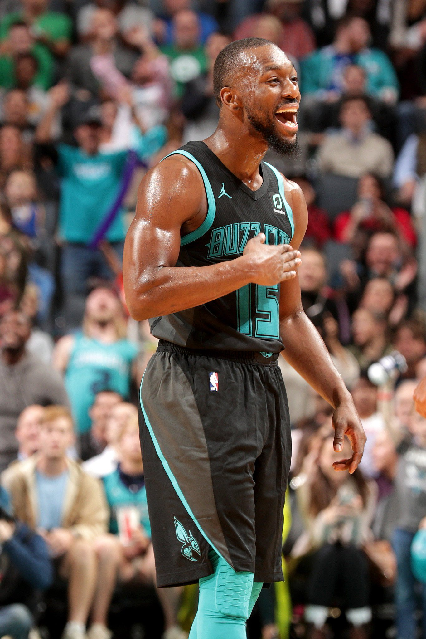 Kemba Walker has scored 103 PTS over his last 2 games.  That's an average of 51.5 PPG.  #Hornets30 https://t.co/95s904an3x
