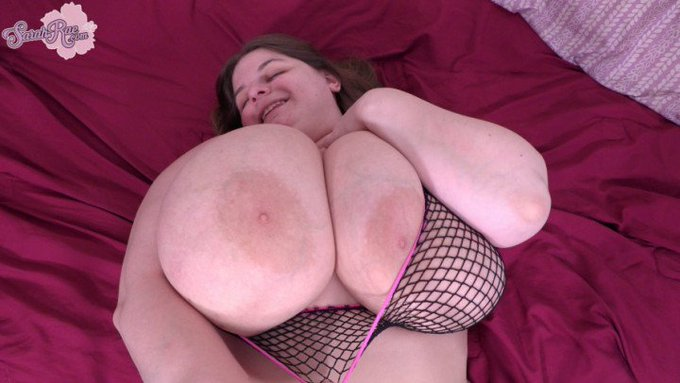 Big Boobs Fishnet Titfuck by Sarah Rae https://t.co/wI3UBJLh0x Find it on #ManyVids https://t.co/Ijn