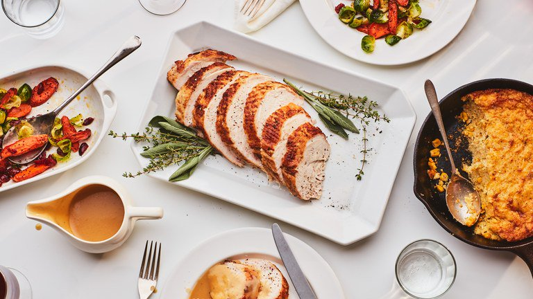 @epicurious: Menus for families of all sizes, from four to forty:  https://t.co/wuVtEaw17D https://t.co/Apm76RA24q