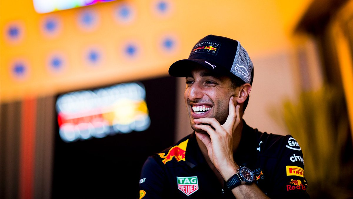 'Abu Dhabi marks the end of five years with the Team. I'm going there guns-a-blazing and showing a lot of love. @danielricciardo '  ahead of t #AbuDhabiGPhe  https://t.co/jrppXNo7Uh #F1🇦🇪👉