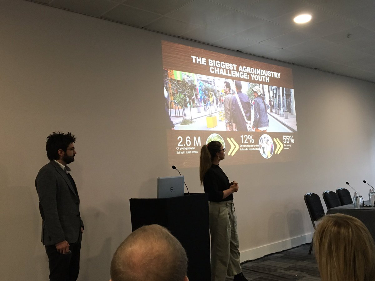 Delighted to be chairing the Sustainable Supply Chain sessions at @FoodMattersLive and sharing the @Manufacture2030 story alongside the superb @TradinOrganic @Cargill @LUKEROFFICIAL @srestrepogj @juanabotero @TheChocoDream @LEAF_Farming @gs1 #FoodMattersLive2018 #collaboration https://t.co/kOcEML8CuS